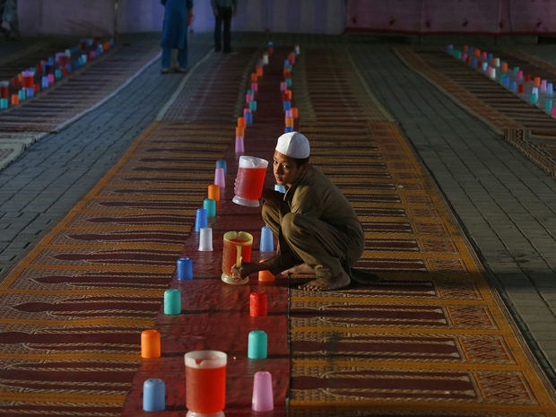صور رمضانية من حول العالم