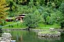 بحيرة سبانجا في تركيا تبهر العرسان لجمال طبيعتها