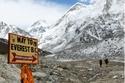 3- جبل إيفرست- التبت ونيبال
