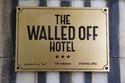 """فندق عربي يحصد """"أسوأ إطلالة في العالم"""".. ولديه 11 غرفة فقط!"""