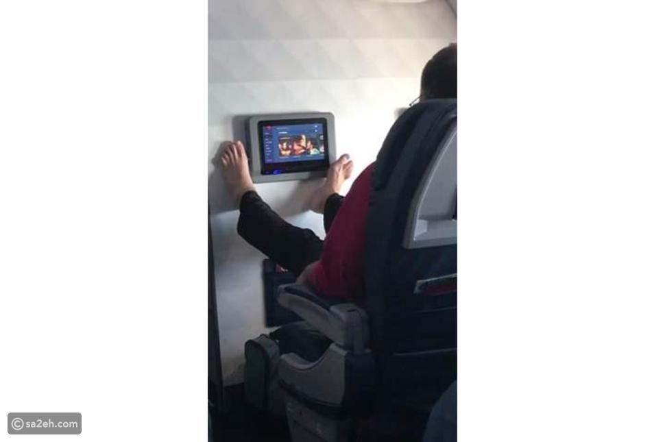 7 سلوكيات تجنب ارتكابها عند السفر بالطائرة في 2020