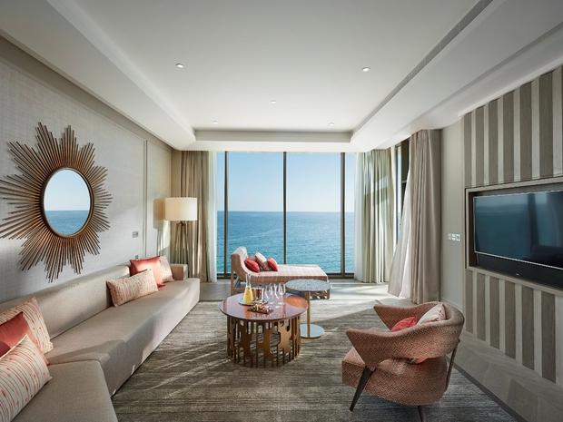 الغرف مصممة بمظهر خلاب