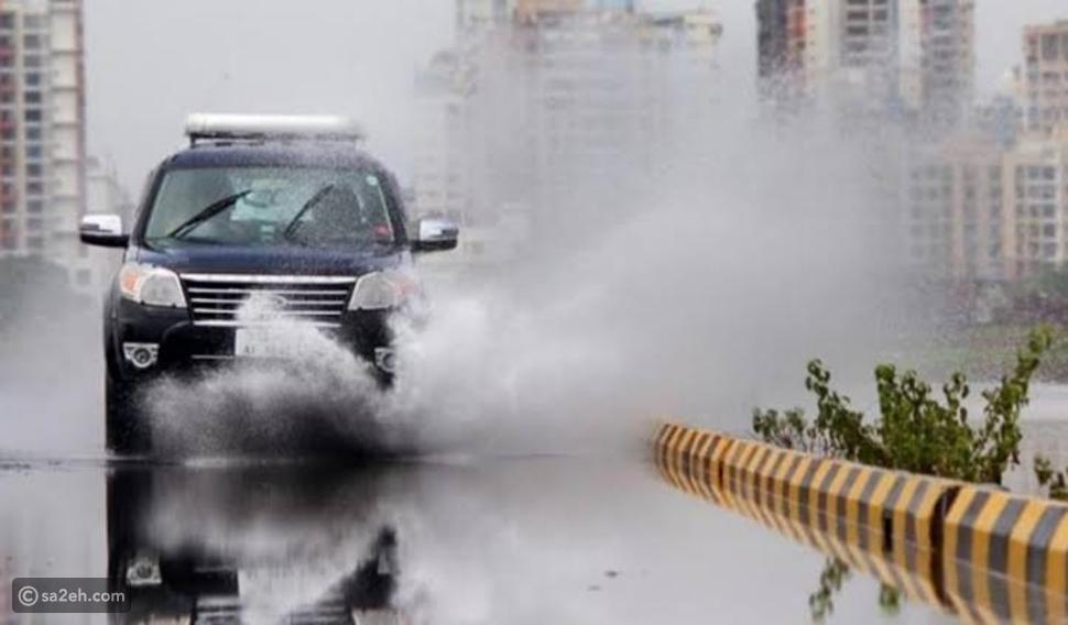 لرحلة هادئة: نصائح للسفر بالسيارة خلال موجات الطقس السيء