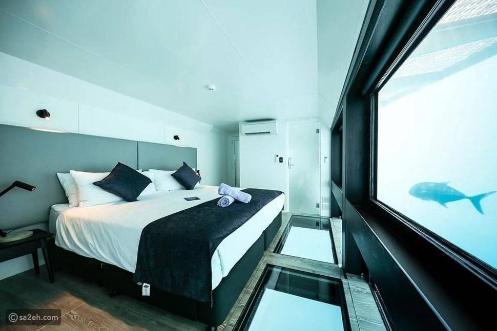 استمتع بالإقامة وسط الشعاب المرجانية في هذا الفندق الرائع