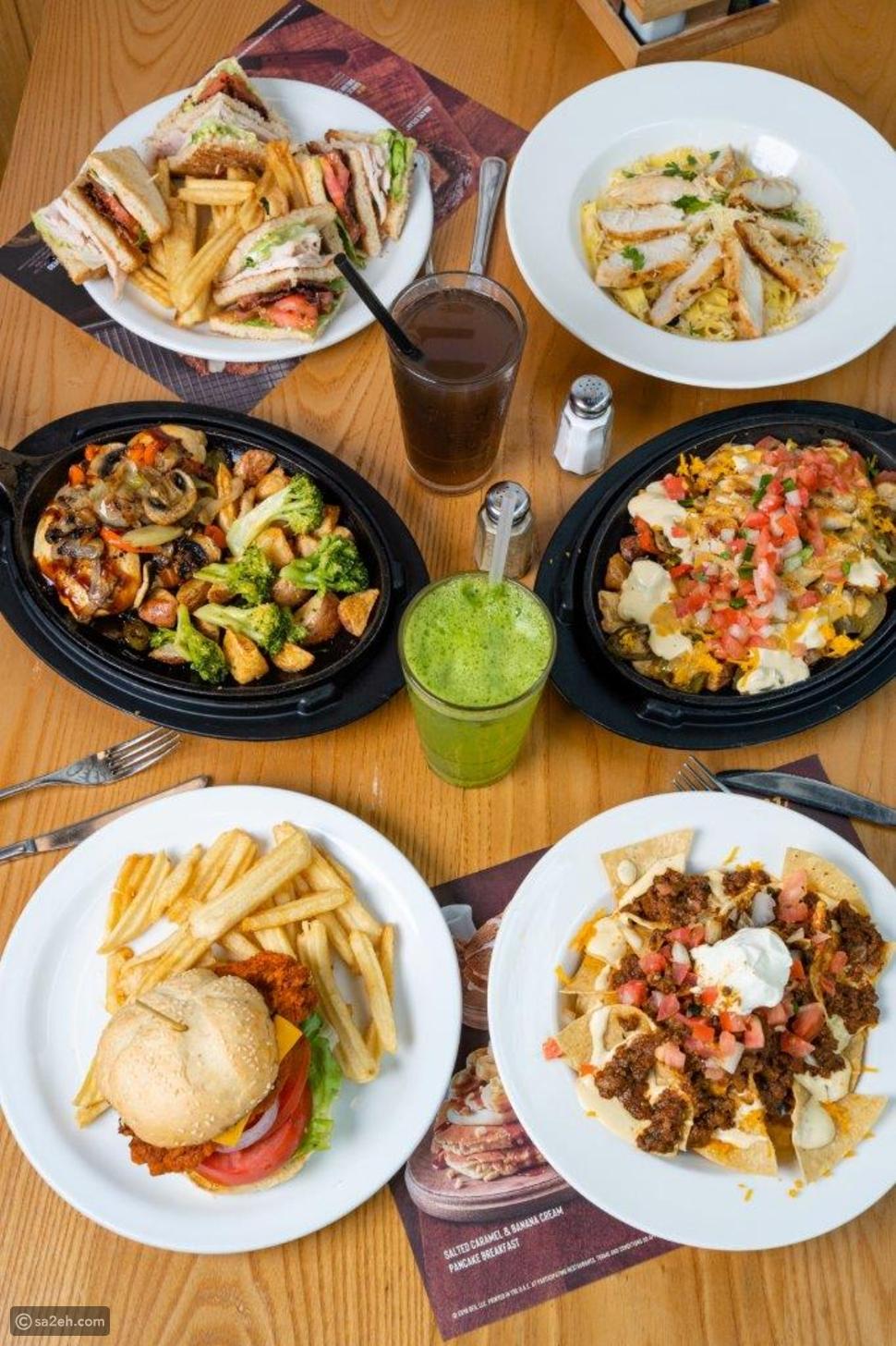 مطعم دينيس يقدم وجبات توفيرية بقيمة ١٠ أو ٢٠ أو ٣٠ أو ٤٠ درهم