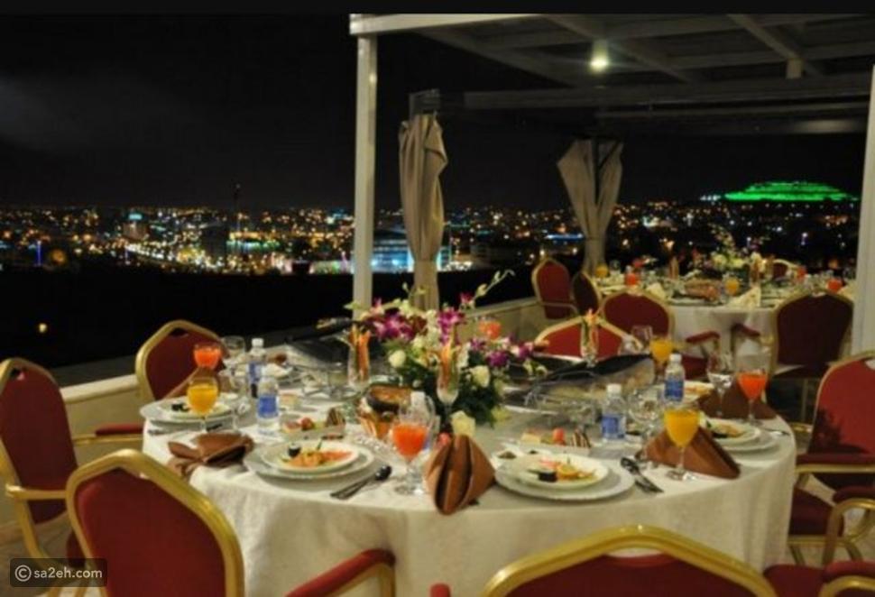 مطعم قصر أبها