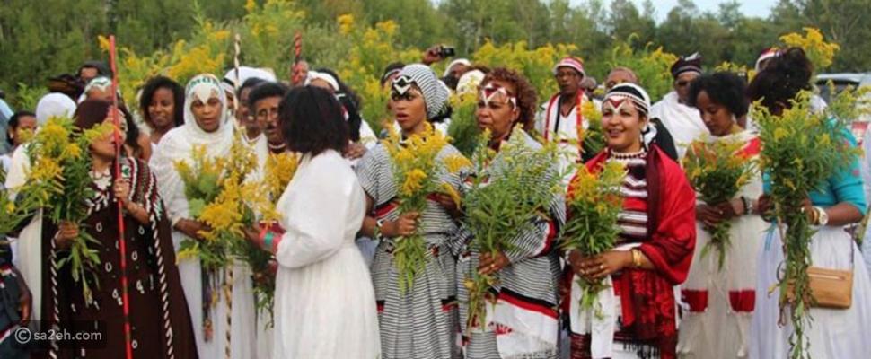 """""""انكوتاتاش"""".. احتفالات إثيوبية تشعل مواقع التواصل بين """"النحر"""" و""""الزهر"""""""