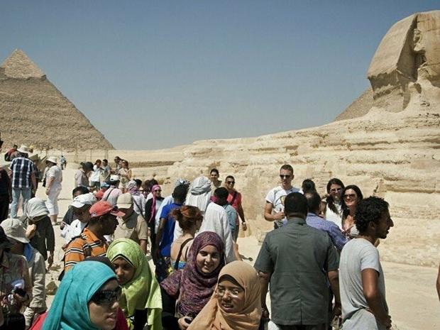 الأهرامات وأبو الهول من الأماكن المفضلة للسياحة من السعوديين