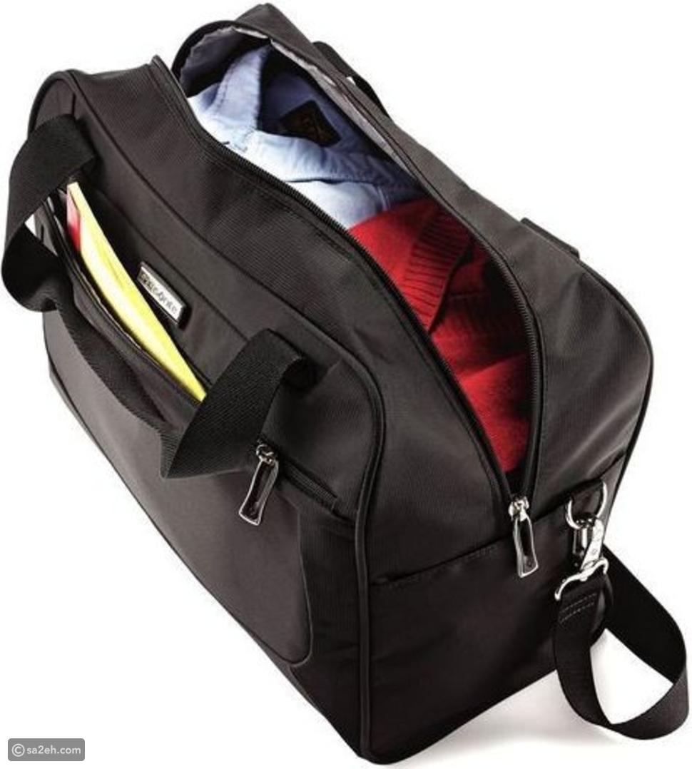 carry on luggage أو حقيبة اليد