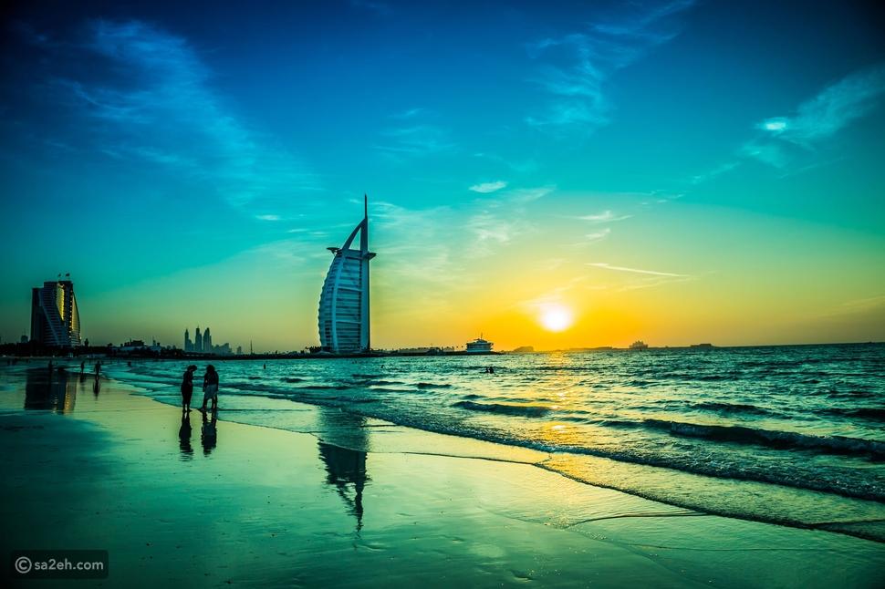الألعاب المائية والشواطئ الذهبية وأهم عوامل الجذب السياحي في دبي