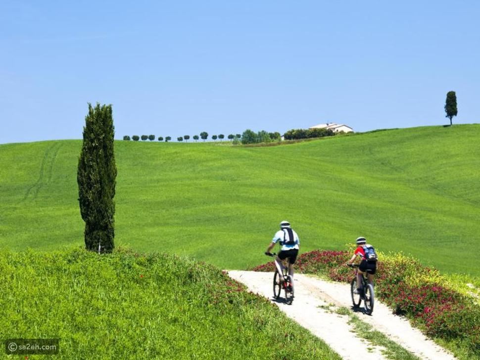 الدراجة عبر بلاد النبيذ في أوروبا
