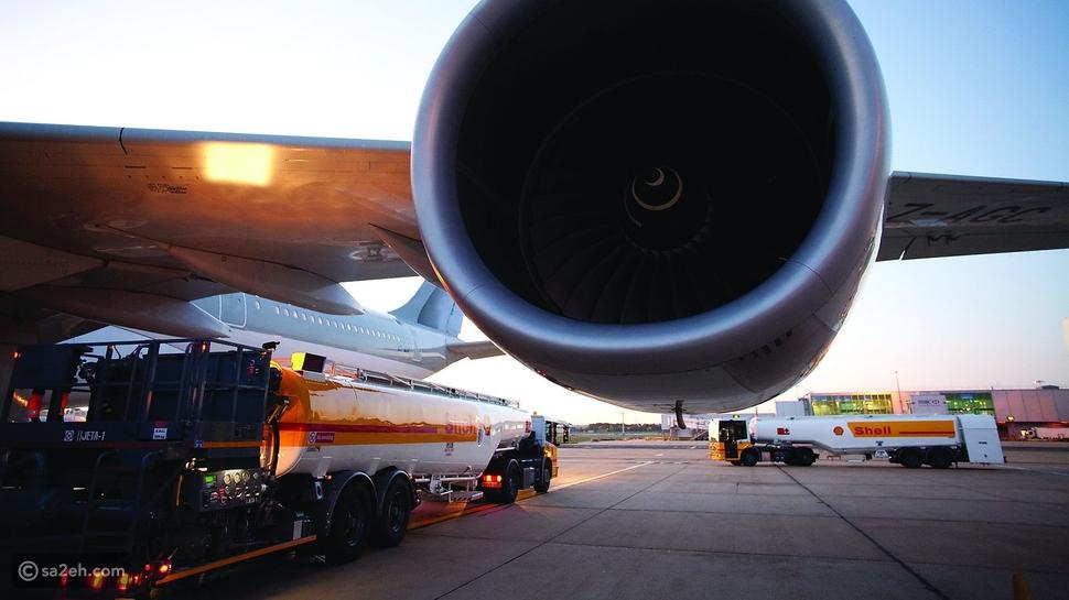 كم يكلف وقود طائرة تجارية؟