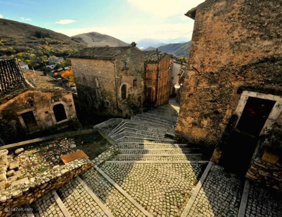 قرية إيطالية من العصور الوسطى تنتظر سكان جدد