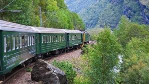 بالقطار.. استمتع بجمال الخريف في 5 دول أوروبية في وقت أقل مما تتخيل