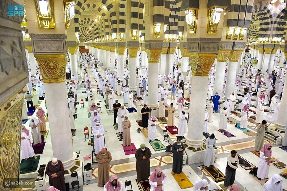 صلاة التراويح من المسجد النبوي