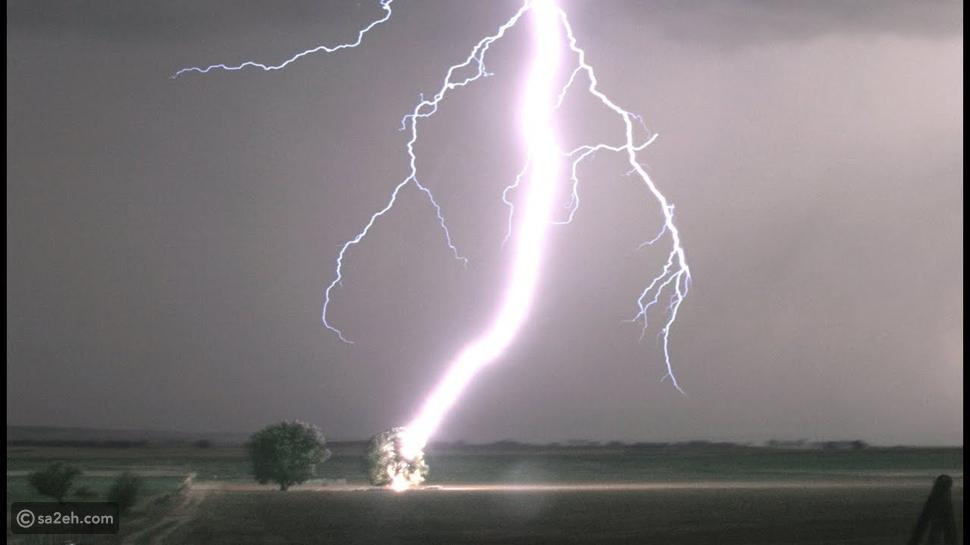 ما هي الأمور التي يجب ان تتجنبوا فعلها أثناء العواصف الرعدية