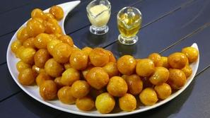 لقمة القاضي أو العوامة: حلوى رمضانية عمرها 8 قرون فما قصتها؟