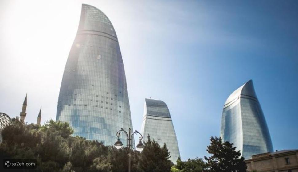 اجمع بين الماضي والحاضر: 8 معالم معمارية عليك زيارتها في أذربيجان