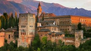 ماذا تعرفون عن تاريخ الأندلس؟ قصر الحمراء