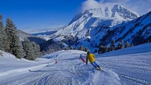 نهاية درامية لإيطالي هرب من الحجر الصحي لكورونا للتزلج على الجليد