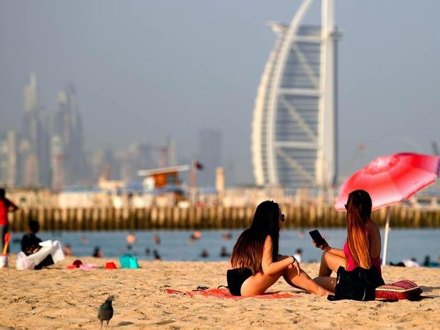 مول دبي متعة شراء وسياحة ومكان رائع للفسح خلال السفر
