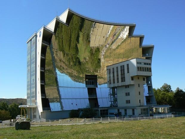 سولار اوفين وأغرب المباني حول العالم