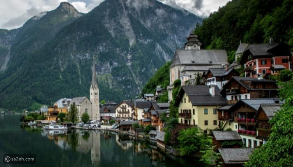 عكس الكون: هذه القرية النمساوية تخشى انتهاء كورونا