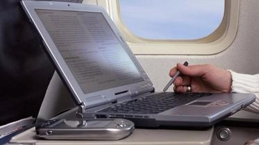 ماهو أكثر نشاط تمضي وقتك فيه في رحلات الطيران الطويلة؟