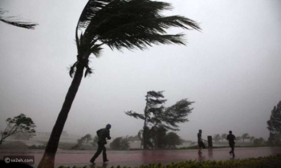 """أشهر 18 إعصارا ضربت بحر العرب.. آخرها """"شاهين"""