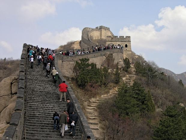 لعشاق المغامرة هل تجرؤ على الصعود لسور الصين العظيم